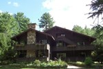 Отель The Lodge At Harrisburg Lake