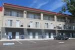 Отель Wasaga Riverdocks Hotel Suites