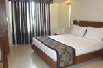 Отель Hotel Sheela Shree Plaza