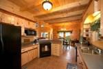 Апартаменты Ravens Nest at Smoky Cove by Gatlinburg Cabins Online