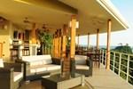 Отель Moana Lodge