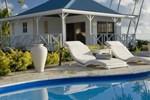Отель Opoa Beach Hotel