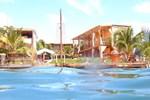 Отель Coral Reef Beach
