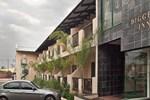 Отель Diggers Inn