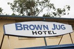 Отель Brown Jug Inn Hotel