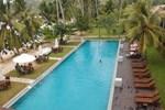 Отель Paradise Beach Club