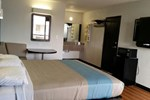 Motel 6 Beeville