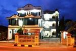 Отель Hotel Graha Muslim Bukittinggi