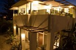 Отель Waihi Beach Lodge