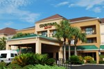 Отель Courtyard by Marriott Jacksonville Airport/ Northeast