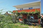 Апартаменты Holiday home Kastel Luksic 12