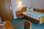 Отель Hotel Restaurant Zur Linde