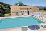 Апартаменты Holiday home St. Julien de Peyrolas QR-1315