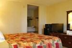 Отель Days Inn Calhoun