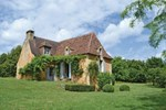 Апартаменты Holiday home Château de Monsec J-578