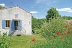 Апартаменты Holiday home Dampierre sur Boutonne QR-1523
