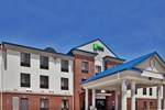 Holiday Inn Express Hotel & Suites Mcpherson