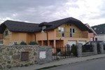 Vila Ivory
