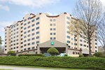 Отель Embassy Suites Raleigh - Crabtree
