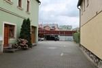 Отель Gasthaus & Hotel Zum Roten Haus