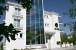 Отель Demi Hotel