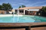 Апартаменты Holiday home Rocheford du Gard QR-1289