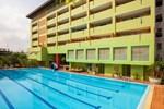 Aiya Residence & Sport Club BTS Budget Hotel