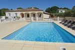 Апартаменты Holiday home Castillon-du-Gard UV-1300
