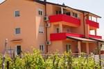 Апартаменты Apartment in Villa Palit