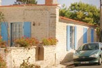 Апартаменты Holiday home St. Pierre d'Oléron ST-1522