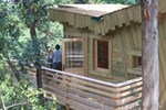 Отель Les Cabanes Dans Les Bois
