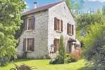 Апартаменты Holiday home Courtemont Varennes OP-1186