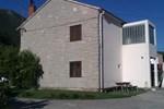 Отель Homestay Skarica