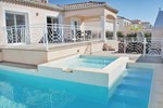 Апартаменты Holiday home Beziers CD-1257