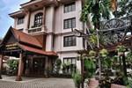 Отель City River Hotel