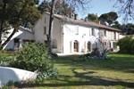 Апартаменты Holiday home Rochefort du Gard GH-1307