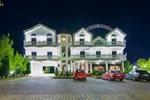 Отель Hotel Rikuest