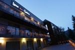 Hotel Linus Art Gallery