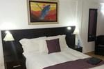 Отель Kennan Lodge
