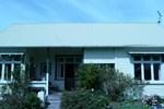 Апартаменты Montrose Sunny Seaside Villa