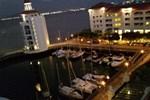Апартаменты Apartment Xin Straits Quay Penang