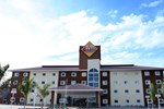 Отель Hotel 10 Dourados