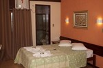 Отель Hotel Pontal das Rochas