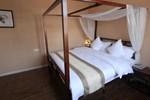 Отель Yours Hostel