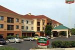 Отель Courtyard by Marriott Willoughby