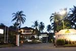Отель Surya Pesona Beach Hotel