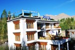 Отель Hotel Holiday Ladakh