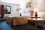 Days Inn Waukegan - Gurnee