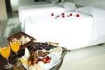 Отель Hotel Emirates