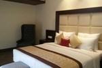 Отель Hotel Amber Residency